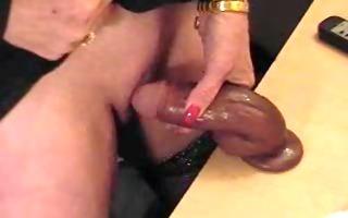 pervert granny with big clitoris play on webcam