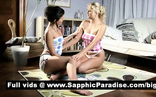 cute dark brown lesbos giving a kiss and licking