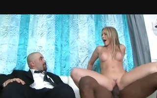 mamas cuckold 2 mom and black rod in front of her