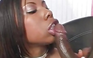 short haired ebony pornstar sucks strong dark