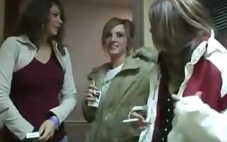 smoking gals