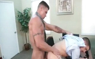 muscled homo males fuck in yhe office hardcore