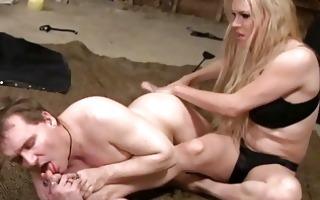 shelady dominates her slave