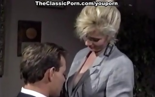blond is favourable to receive hard fuck