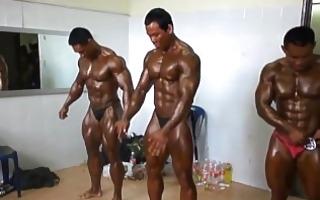 oriental musclebull backstage: oriental world