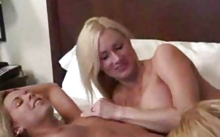 ve finally got coco into couch amateur lesbian