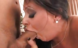 hailey star presses her mouth with thick chap