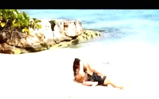 extremely lustful paramours sex on the beach