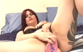 chick uses toy, solo